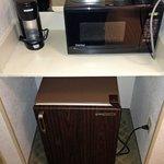 microwave / fridge