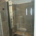 Salle de bains de la chambre 6