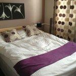 Comfy bed room 14