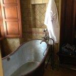 great tub suite 445
