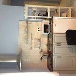 Entrance/kitchen