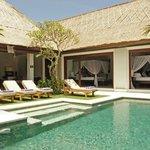 Sambawa pool bedrooms