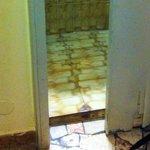 La porta del bagno...