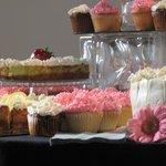 cupcakes galore!