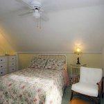 Honeysuckle Suite's smaller room