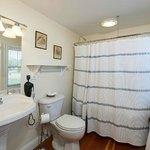 Rangeley Lake bathroom
