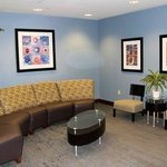 Photo de Holiday Inn Express Hotel & Suites Largo-Clearwater