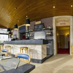 Bistro Bar à vin/ Wine Bar