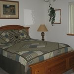 Mountain Country Retreat (710 B Birch) Master Bedroom w/ Queen Bed