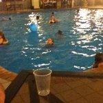 love this huge pool <3