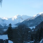 Vue sur le Sancy, depuis mon balcon, avec un grand ciel bleu... Magnifique !