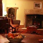 sitting room / dining room aaea