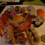 This is 3 x SUSHI PLÄTTLI «MAKOTO» - in total 60 pieces (here some already dis