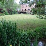 Jardin depuis le ruisseau