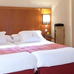 Photo de Hotel Ateneo Puerta del Sol