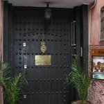 Porte d'entrée du Rriad Monceau