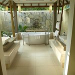 Bathroom in Ocean Villa