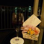 記念日にはお花とメッセージカード