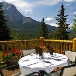 Overlander Mountain Lodge Photo