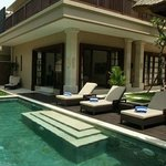 Villa Pool deck