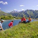 Wandern in den Bergen des Arlbergs