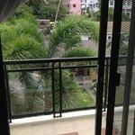 делюкс на 3 этаже вид с балкона