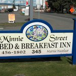 sign at front of Minnie Street