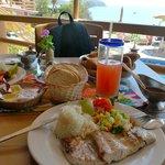 Mahi-mahi lunch with conga drink