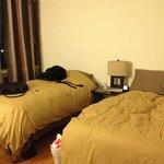ちらかしてますが…快適な寝室