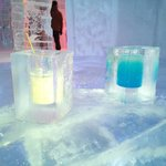 free drinks in ice cups