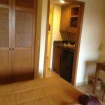 kitchenette & closet