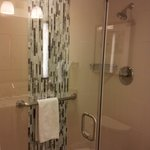 Shower with modern decor