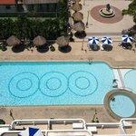 piscine de l'immeuble vue du 11éme étages