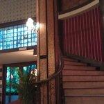 Treppe zu dem Zimmern