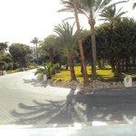 Tuin voor het hotel