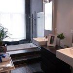 Flower Room Bathroom