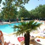 La piscine entièrement rénovée de 200 m²