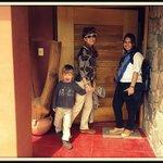 En la puerta de la casa