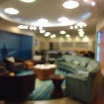 Breakfast area/lobby