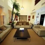 6 m high ceiling loung and dining room