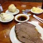 Roast beef, mashed potatoes, macaroni, roll, au jus