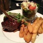 Eye Fillet with garden salad and red wine sauce