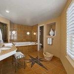 Whirlpool Suite Bathroom