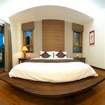 Spacious bright rooms