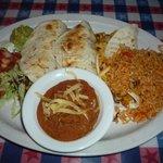 3 soft tacos: 1 beef, 1 chicken, 1 veggie