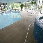 Pool / Whirlpool