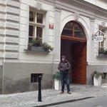 hotel entrance on Bartolemski street