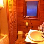 bathroom of 2 bed lodge