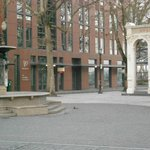 structures around the fountain
