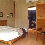 chambre avec placard vide